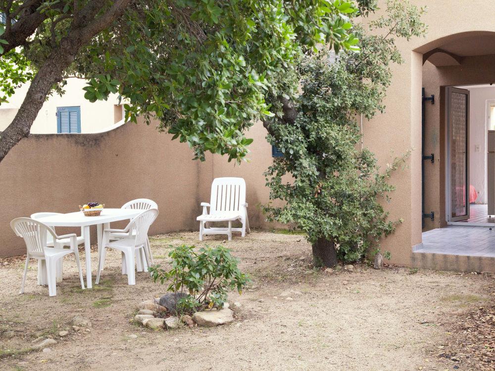 villa à louer en corse jardin studio porto vecchio Mini villa  Studio