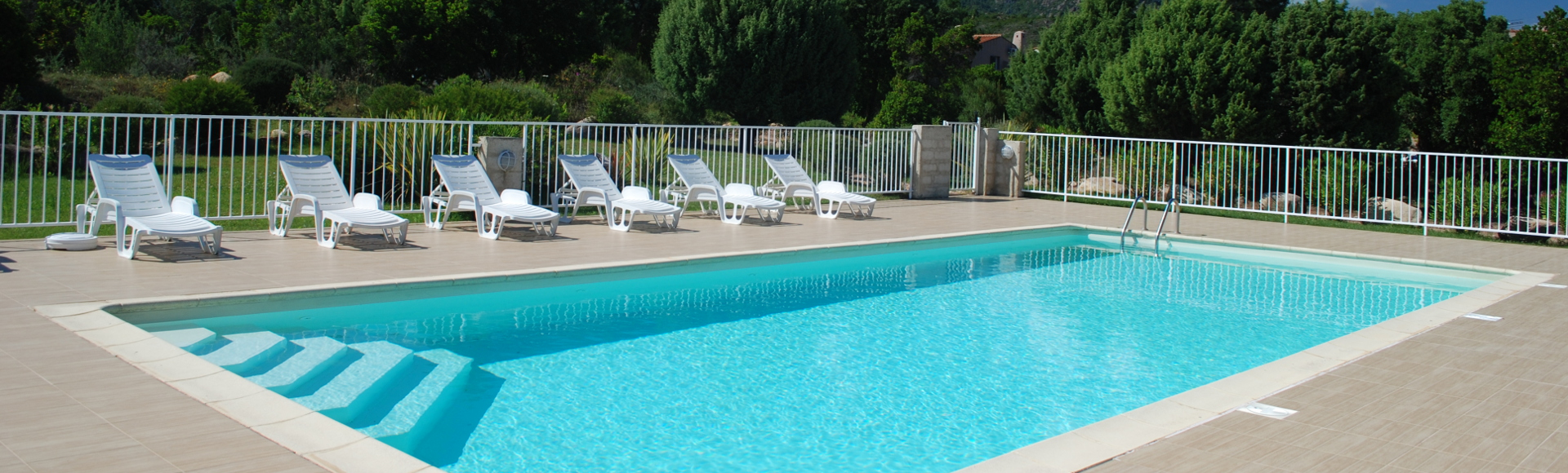 Louez votre mini villa en Corse